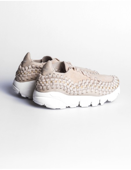WMNS Nike Air Footscape Woven