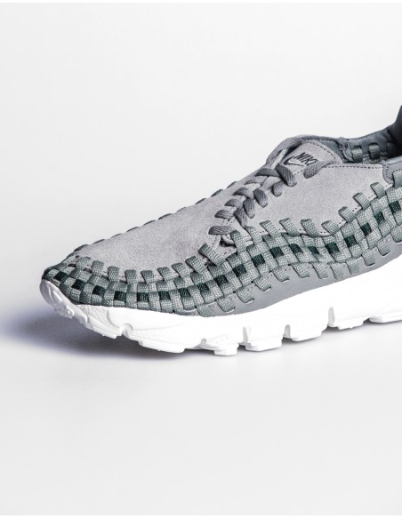 Nike Air Footscape Woven Women