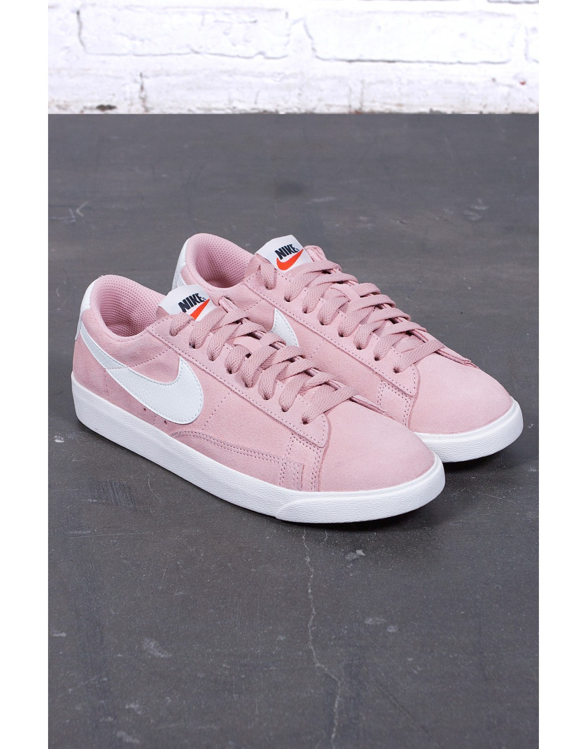 Blazer Low SD Women