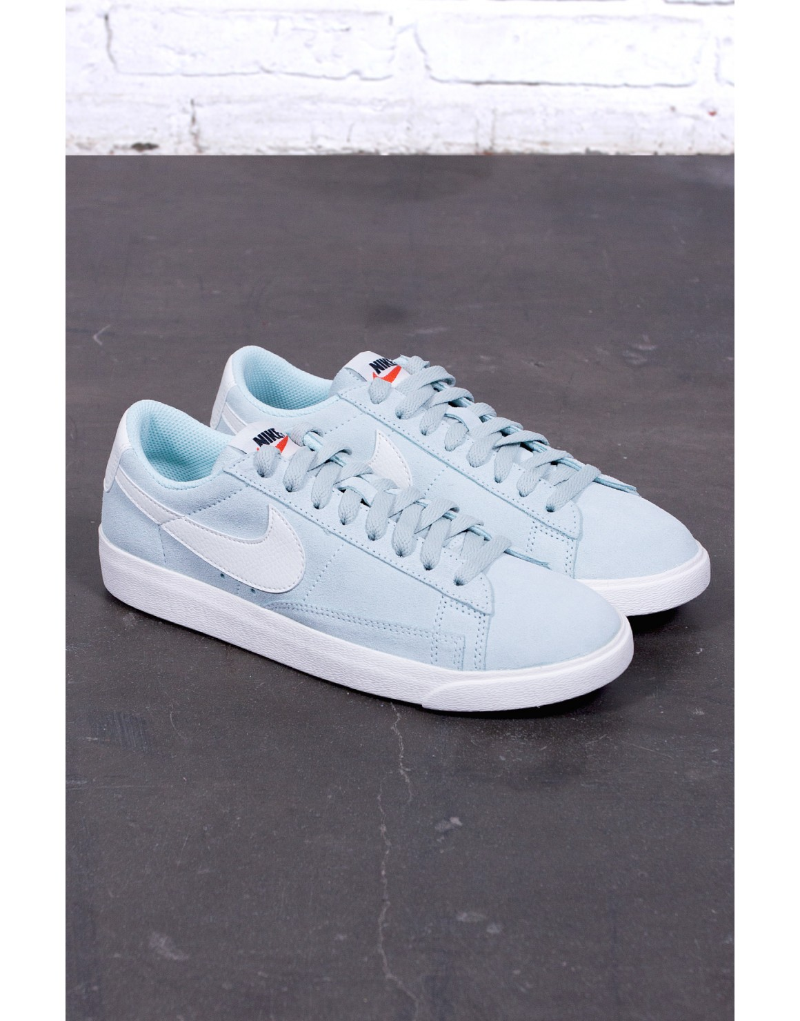 Image of   Blazer Low SD Women