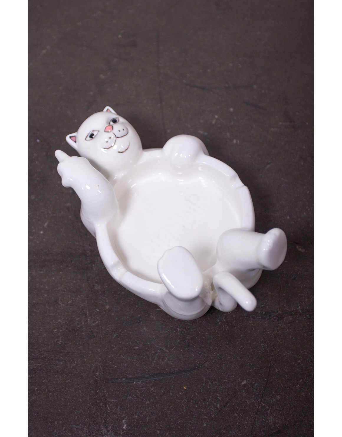 Lazy Nerm Ceramic Ash Tray