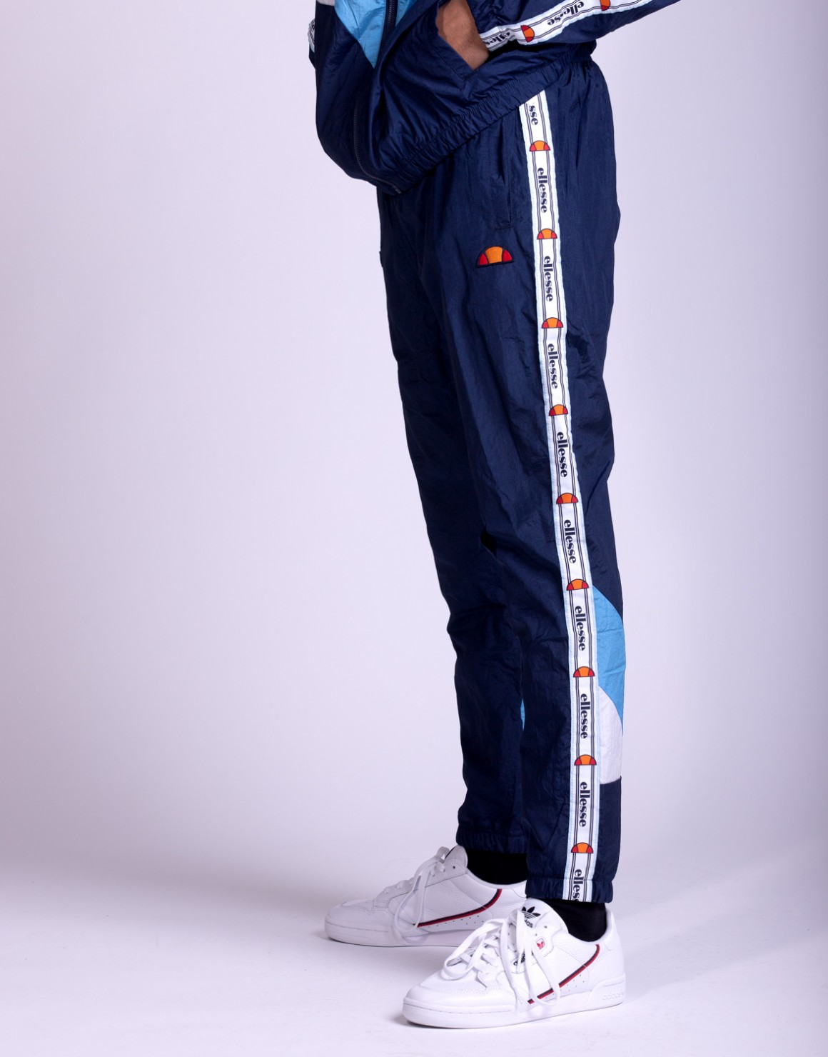 Image of   El Avico Woven Track Pant