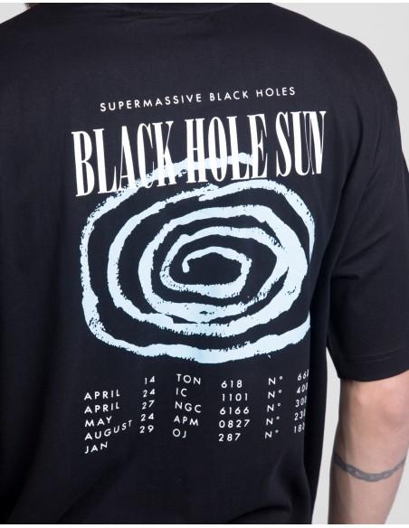 Hole Sun Tee