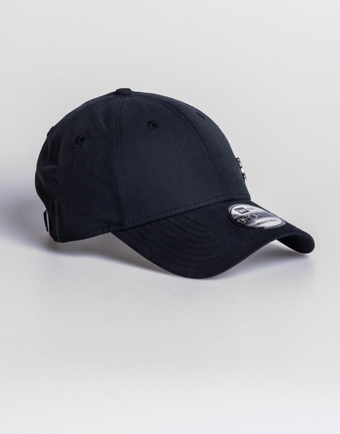 Image of   940 Flawless Logo Basic New York Cap