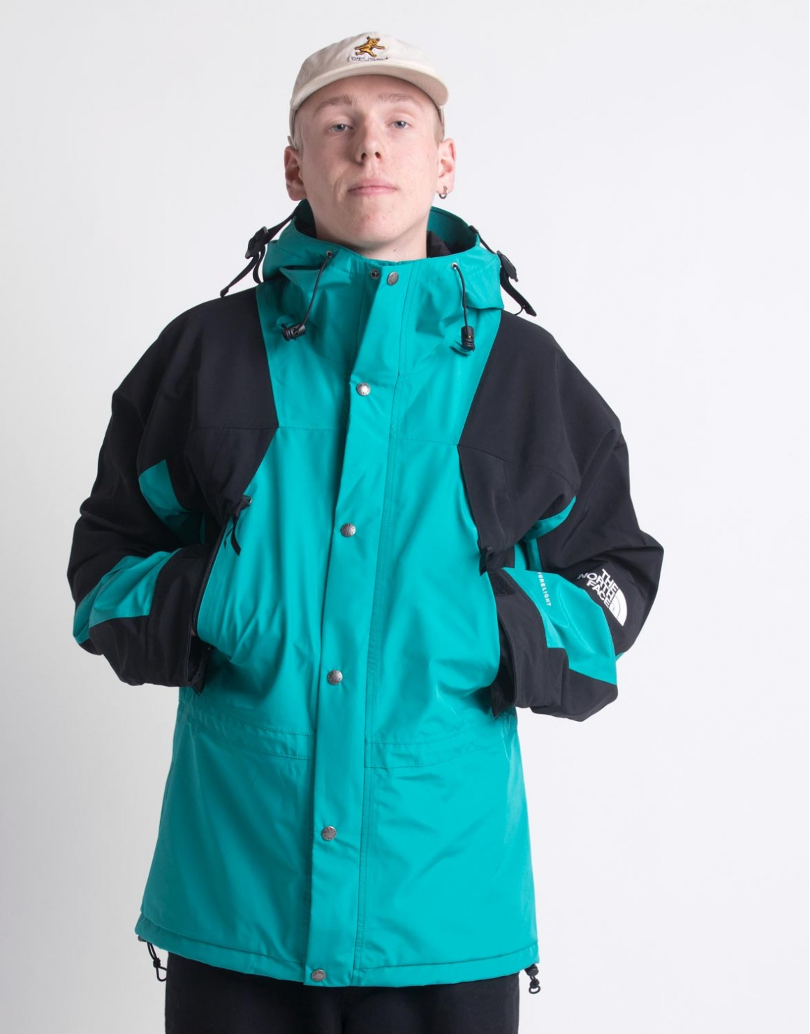 94 Retro Mountain Light Jacket