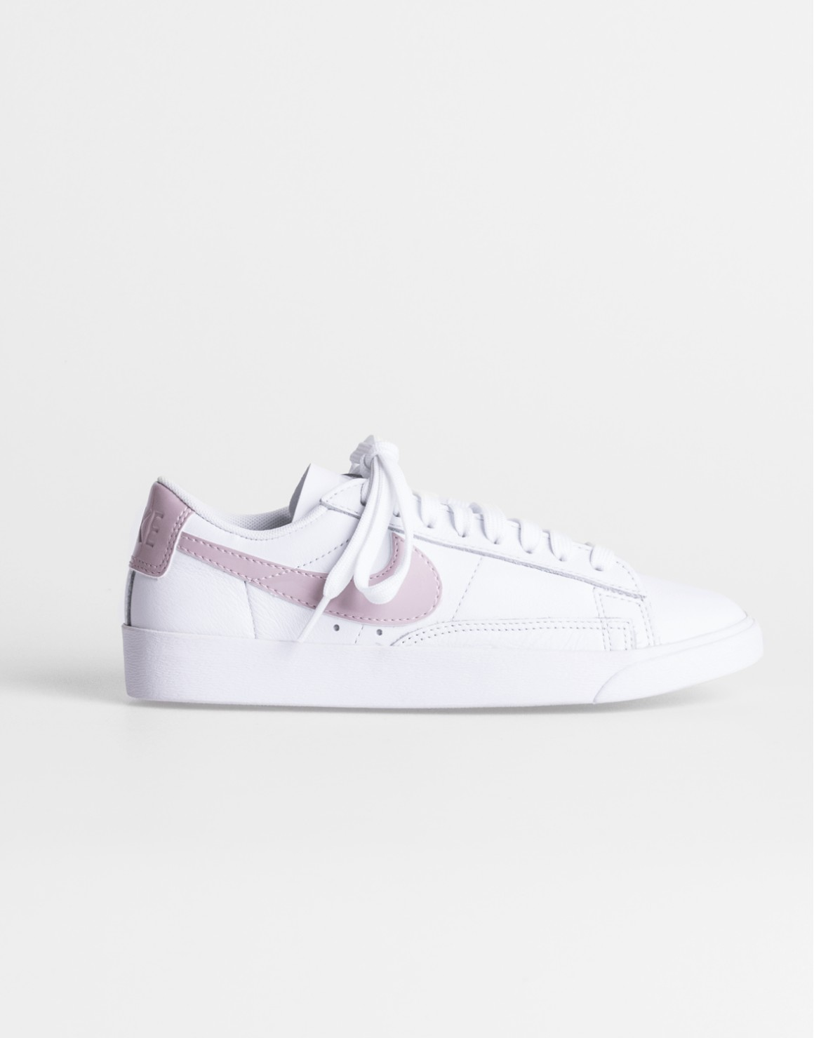 Image of   Blazer Low LE